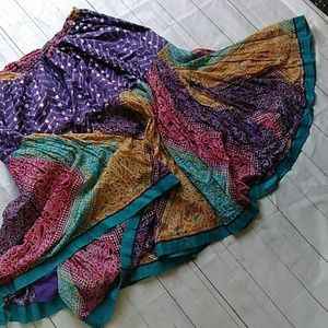 Wonderful , colorful sz2x skirt